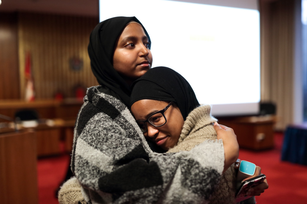 ASIYAH ROBINSON (RIGHT), PRESIDENT OF THE UVIC MUSLIM STUDENTS' ASSOCIATION, IS CREATING SPACES FOR DIALOGUE AND INTERVENTION TO HELP THE COMMUNITY. PHOTO BY: JOHN-EVAN SNOW OF FOTOVIE FOR HERE MAGAZINE